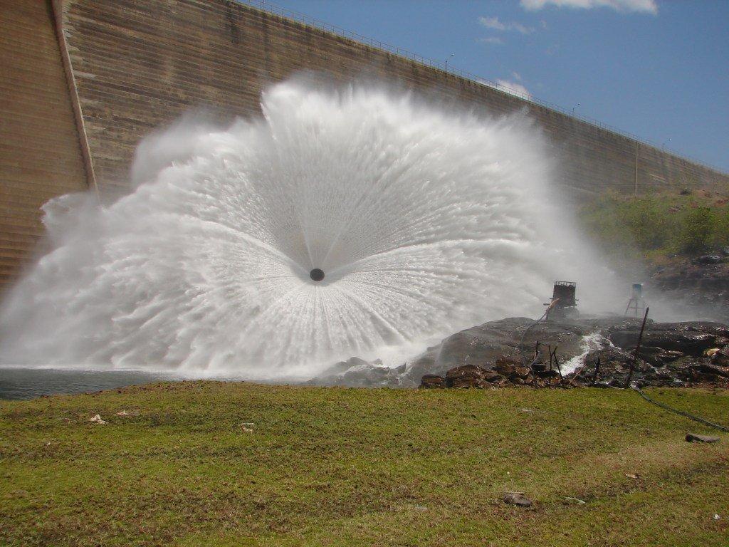 Resultado de imagem para barragem de santa cruz