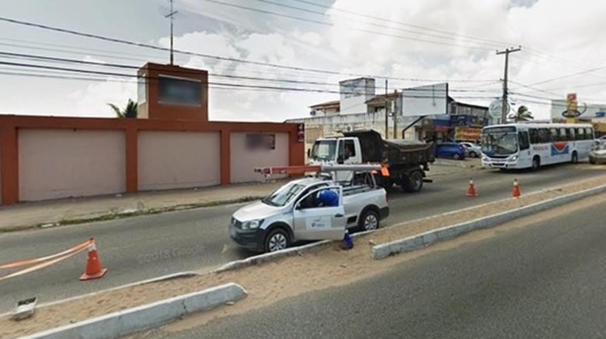 Resultado de imagem para Mulher finge ser outra, marca encontro com ex-marido e incendeia o carro dele dentro de motel na Zona Norte de Natal