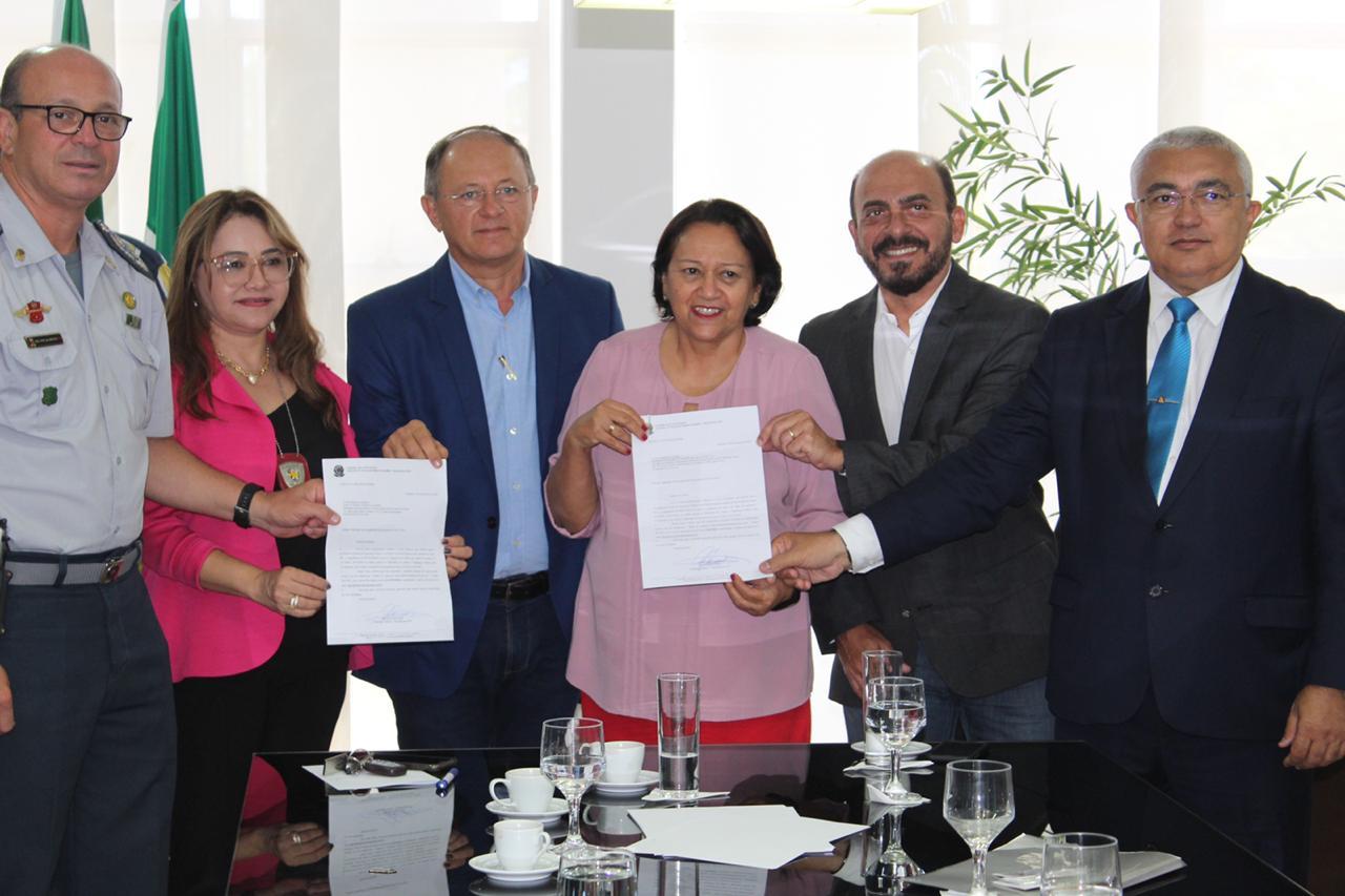 Resultado de imagem para Deputado Benes entrega mais de R$ 5 milhões em emendas ao Governo do RN